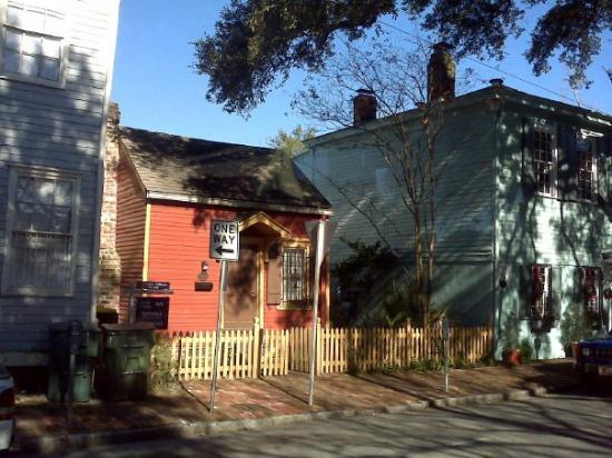 smallest house in Savannah 500sq ft