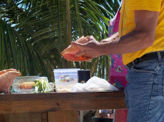 Treasure Cay, Great Abaco Island: Conch Salad, Eleuthra