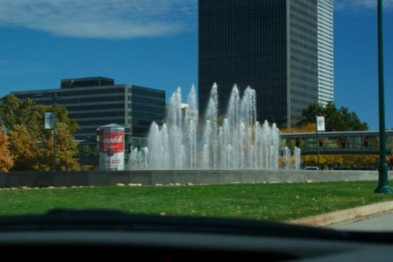 Kansas City, MO: Fountain in downtown KC and Andy Warhol