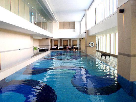 Indoor Pool Picture Of Joy Nostalg Manila Managed By Accorhotels Pasig Tripadvisor