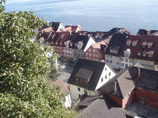 Meersburg (Bodensee), Deutschland: view of the town from Meersburg castle