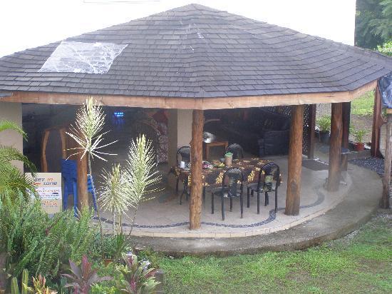 Vaea Hotel Samoa: View of the breakfast room from balcony