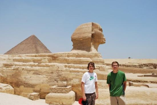 Sphinxen: Great pyramid and sphinx, Egypt