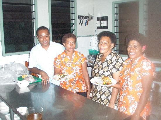 Mai Dive - Astrolabe Reef Resort: Master Chef and Assistants