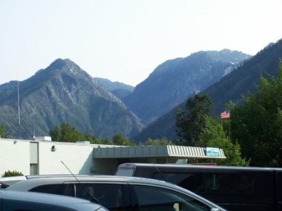 A view from the backside of Leavenworth at the mountains