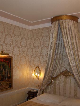 Hotel Canal Grande: chambre
