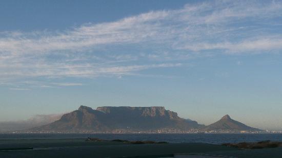Dolphin Beach Hotel: fantastica Table Mountain
