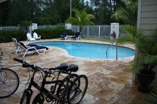 Colindale Condos: The pool and our free bikes.