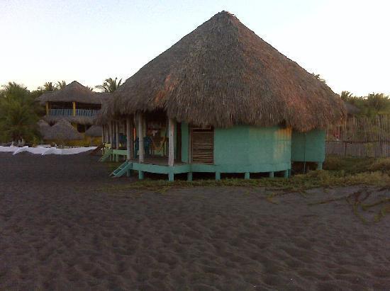 Las Lisas, Guatemala: Habitacion frente al mar