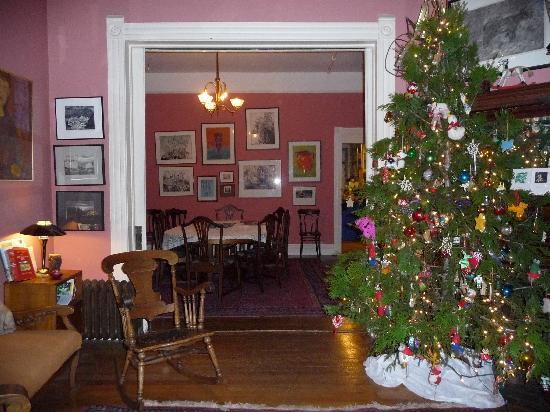 Swan Levine House: Living room into dining room, it was Christmastime