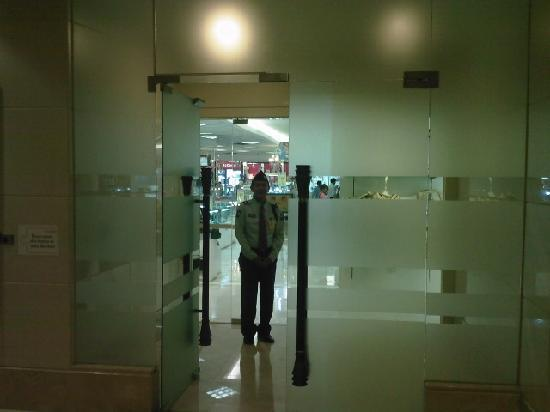 Centre Point Hotel Silom: The Glass Door Exit Leading To Robinson Store