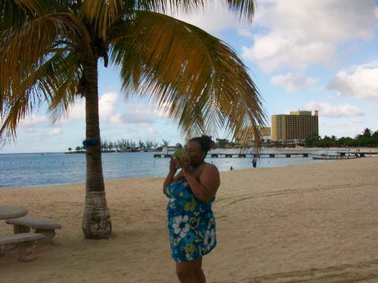 Mom's: i miss jamaica