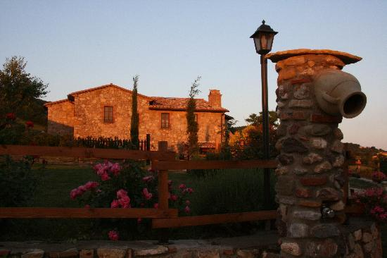 Montebuono, อิตาลี: Le Gore al tramonto