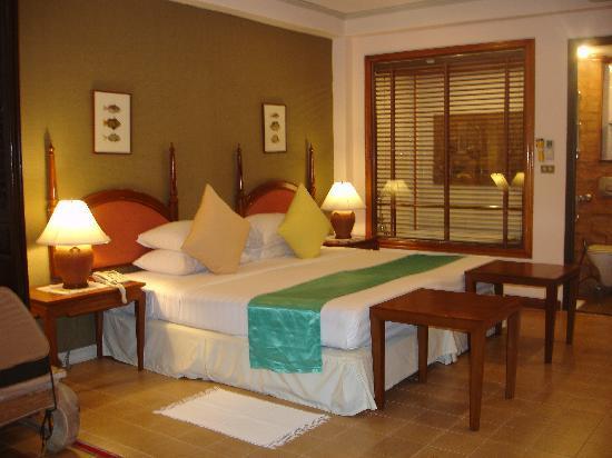 White House Beach Resort & Spa: Bed