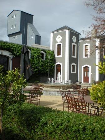 Stellenbosch, South Africa: Van Ryn's Brandy Distillery