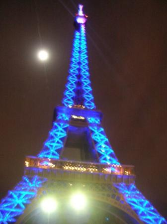 Photo Tours In Paris: great color display to celebrate 120 years eifflel tower