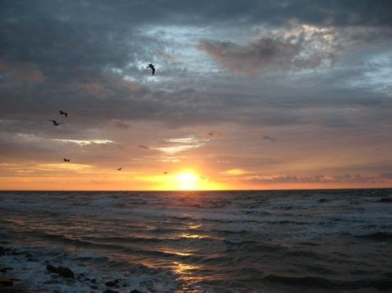The Seawall: Sunrise over Gulf Of Mexico at Galveston, taken Oct. 2007