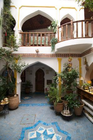 Dar Meziana Hotel: Inside the main reception area