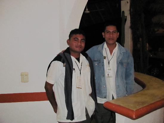 El Patio Hotel & Suites: the evening security