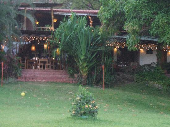 Hotel Amor de Mar: rear view of hotel