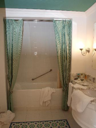 Sheraton Sharm Hotel, Resort, Villas & Spa: bathroom
