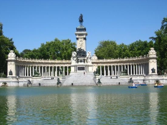 Retiro Park: Parkque del Retiro  Madrid, España
