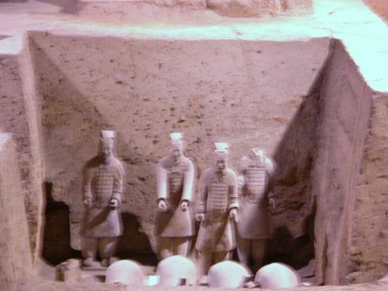 Keiser Quins Terrakottamuseum: Terra Cotta Warriors
