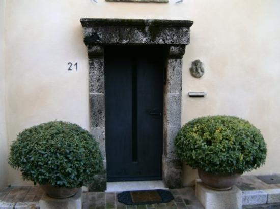 Mougins, France: This door is my favorite!