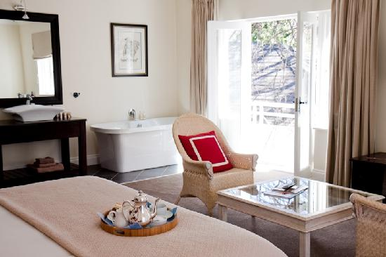 Melrose Place Guest Lodge: Luxuary Accommodation