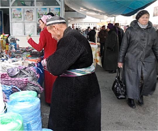 Fergana, أوزبكستان: Grosse Bazar von Fergana