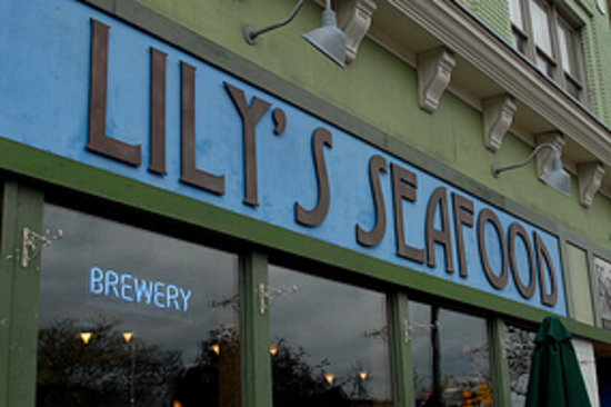 Lily's Seafood: front