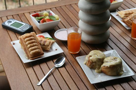 HideAway Haven: Yummy breakfast to last all day till even yummier afternoon tea!