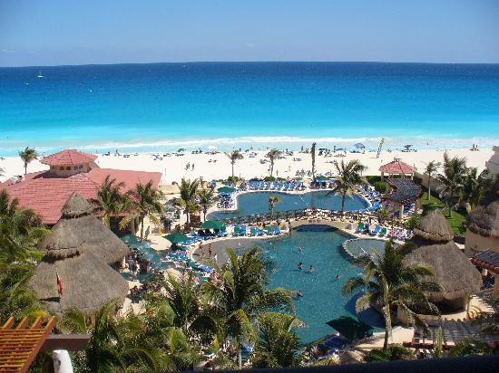 GR Solaris Cancun: view from our window