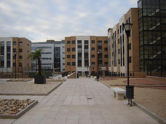 Compostela Suites Apartments: una parte de los apartamentos mejor si piden habitación de interior