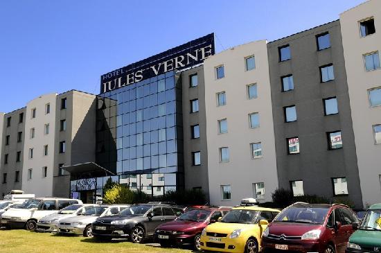 Facade Hotel Jules Verne Futuroscope  Photo De Hotel Jules Verne