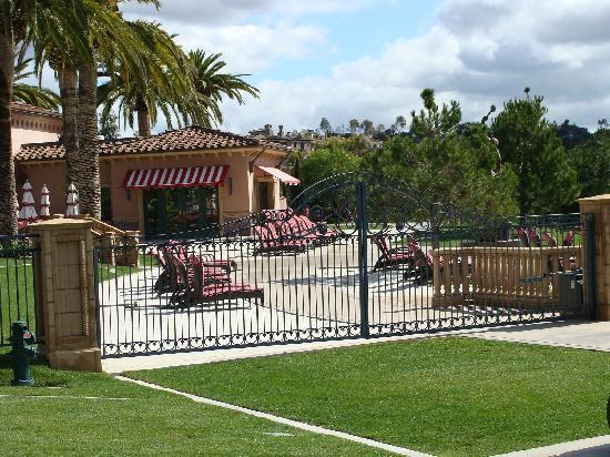 Fairmont Grand Del Mar: grounds