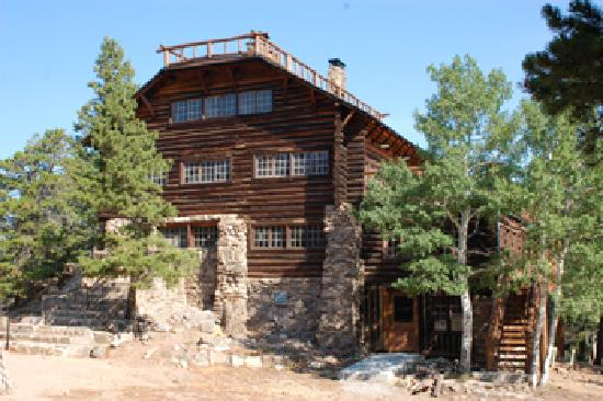 YMCA of the Rockies: The historic Mountainside Lodge