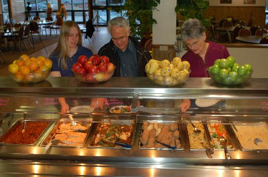 YMCA of the Rockies: Cook in your cabin or enjoy the buffet!