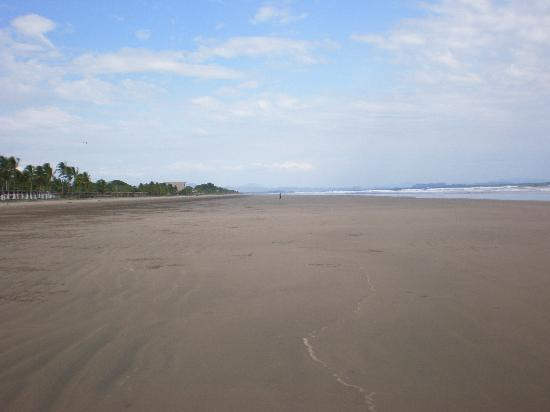Playa Las Lajas, Панама: Las Lajas endless beach