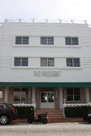 The President Hotel - Miami Beach: Hotel Exterior