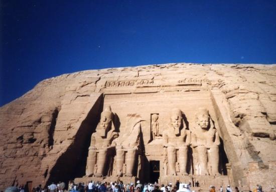 Egypte 2004 : Temple de RAMSES II à Abu Simbel