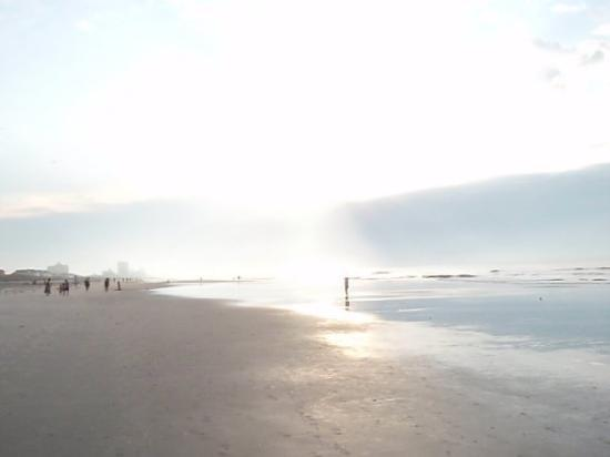 North Myrtle Beach, SC: It took a while for the sun to come up,but when it did What a sight