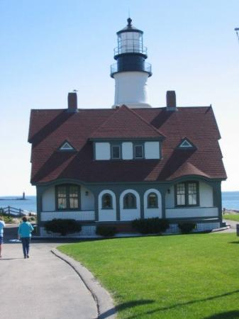 Portland Head Light: Another shot from the side. One of my favorite lighthouses for sure.