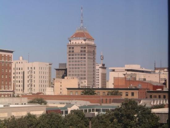 Downtown Fresno, Ca.Residence for:Aug thru Nov. 2006Lynda and Bill's best friends The Ethe