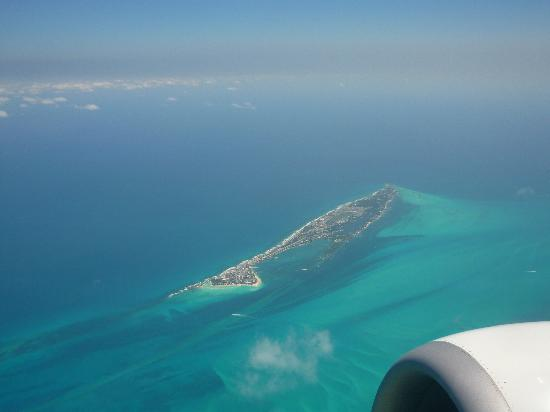 Grand Bahia Principe Coba: Cozumel from the air as we head back to Halifax