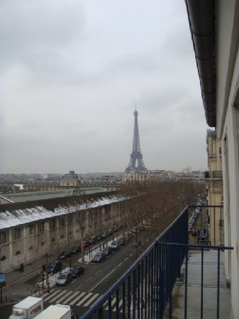 Hotel Duquesne Eiffel: View from the balcony