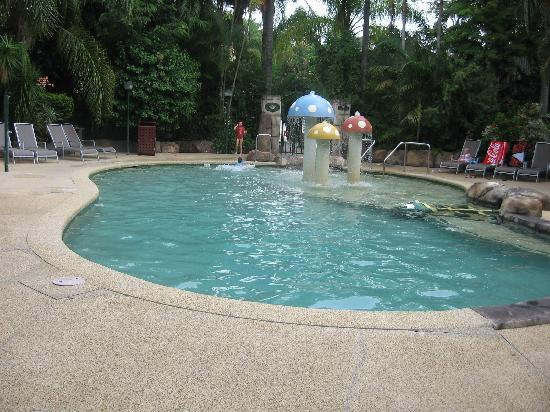 Ashmore Palms Holiday Village: A place to cool down