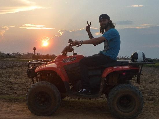 Quad Adventure Cambodia Siem Reap: Paddy Fields-Sunset