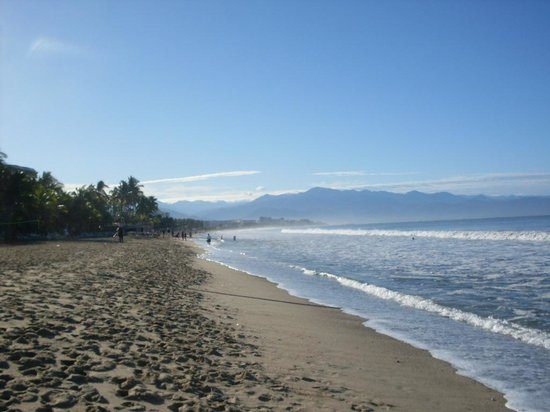 ClubHotel Riu Jalisco: Awesome beach that goes for miles