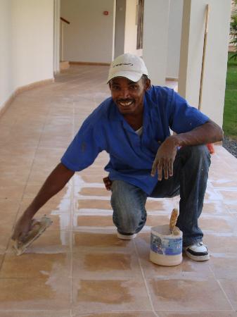 Majestic Elegance Punta Cana: maintenance ... hard working